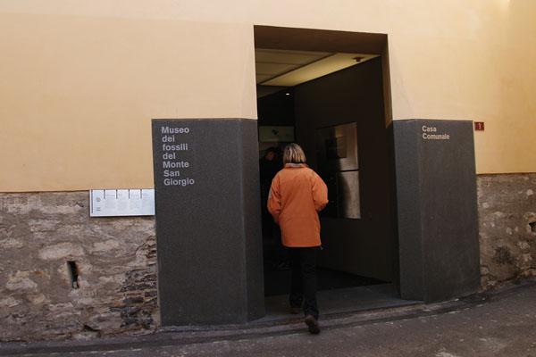 Meride_Museo e sportello di quartiere_entrata