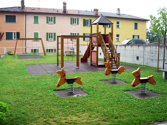 Parco-giochi-via-Gurnaga-Tremona