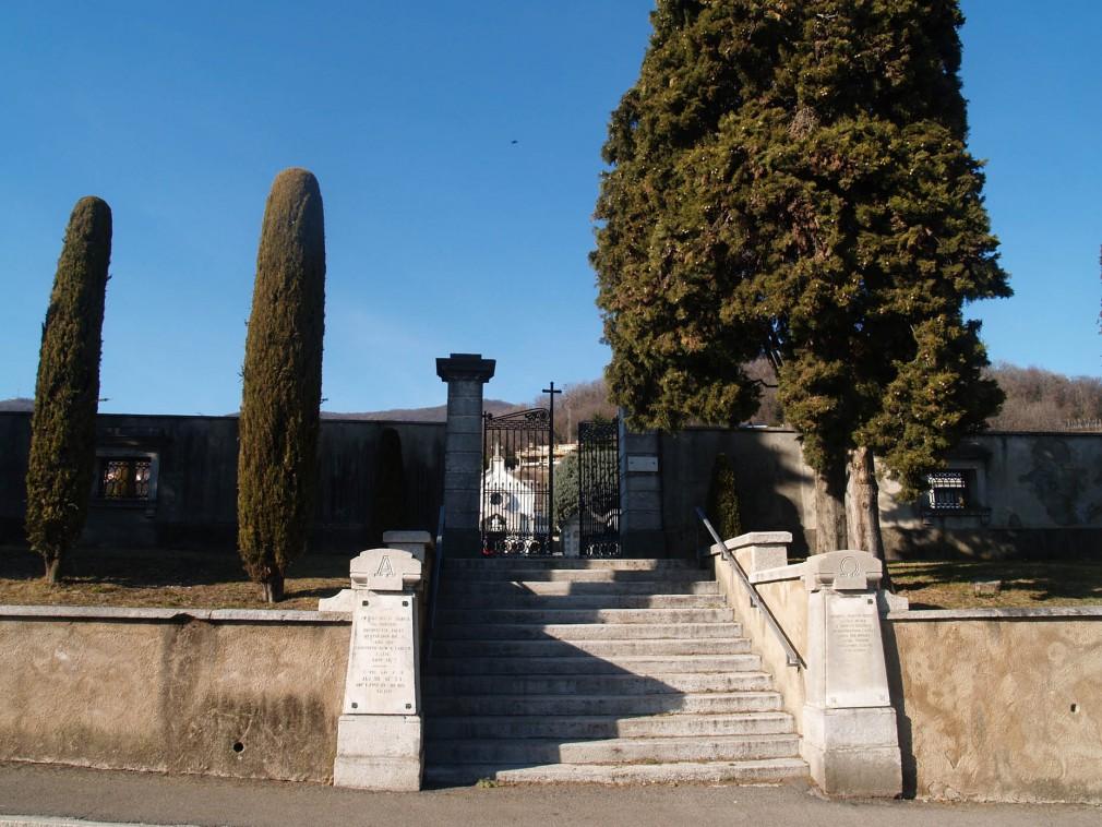 cimitero Arzo